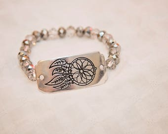 Dreamcatcher bracelet, dreamcatcher charm, stack beaded bracelet, gift for her, dream catcher jewelry, bohemian style jewelry, boho bracelet