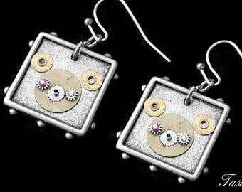Steampunk Bear Earrings, Silver Dangle, Gear Jewelry, Cute Teddy Bear