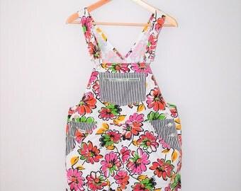floral print shortalls 90s grunge ESPRIT overall shorts medium