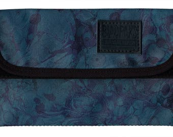 Marbled Pouch