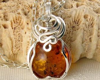 Baltic Amber Pendant - Baltic Amber Necklace - Amber Jewellery - Baltic Amber Jewelry - Amber Necklace - Amber Pendant - Genuine Amber