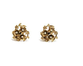 1960s Romantic Floral Clip On Earrings