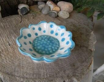 Daisy Flower Tea Bag Holder  or Ring Dish Jewelry holder ceramic  Ring bearer wedding spoon rest turquoise   gum parker