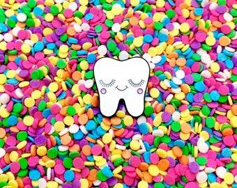 Sweet Tooth Pin - Dental Nurse Gift - Dentist Gift - Tooth Gift - Dental Hygienist Gift - Tooth Pin - Dental Gifts - Dental Graduation Gift