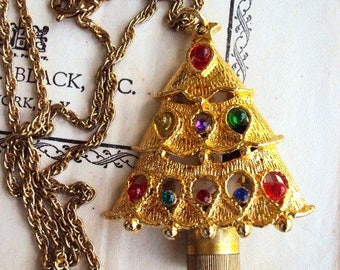 Vintage Christmas Tree Necklace Pendant Charm Light Up Lights Lighted Rope Chain Mod Costume Jewelry Ornate Metal Unique
