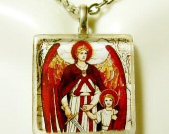 Archangel Raphael pendant with chain - GP02-155