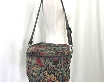 Vintage Carpet Bag Tapestry Train or Make Up Vanity Case by Gloria Vanderbilt