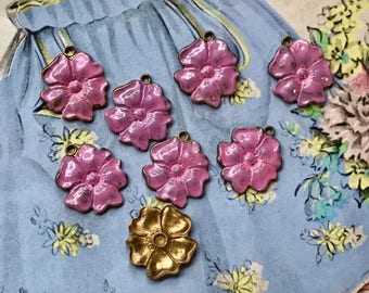 Shabby chic Charms, Vintage flower Charms, Enamel Flower charms, flower Drops, Pink flower charms, enameled flowers, Rose Charms #531BC