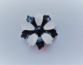 Vintage Black & White Flower Brooch - Midcentury Costume Jewelry - Enamel Pin