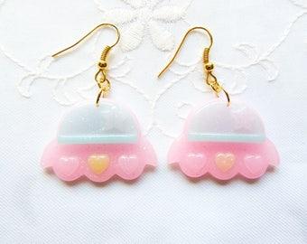 Alien UFO Ohrringe / Kawaii Ohrringe / süße Ohrringe / Pastell / Kawaii / Fairy Kei / UFO / Alien / Ohrringe