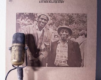 """ONSALE Taj Mahal Vinyl Record Album LP World Music Country Electric Blues Guitar """"Recycling The Blues & Other Related Stuff"""" (1970s Cbs re-i"""