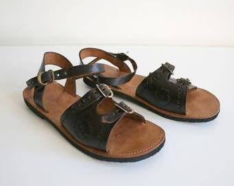 Leather Buckle Huaraches 35