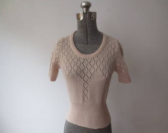 Vintage '70s Lace Diamond Knit Short Sleeve Fitted Pullover Sweater, XS - Small