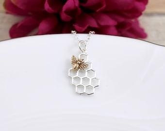 Beehive Necklace, Honeybee Necklace, Bee Honeycomb Necklace, Honeycomb Bee Necklace, Honeycomb Necklace, Bee Necklace, Bumblebee Necklace