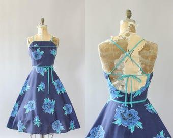 Vintage 70s Dress/ 1970s Dress/ Blue Rose Print Open Back Dress w/ Waist Tie M/L