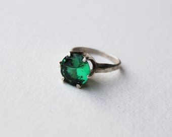 Vintage Art Deco Sterling Silver and Huge Green Glass Solitaire Ring Size 6.75