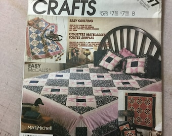 Mc Calls Patterns 3197 Quilt and Pillows Vintage 1987 out of print uncut