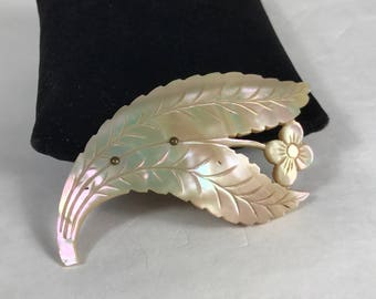 Victorian Mother of Pearl Flower Brooch