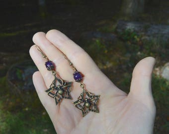 Spider earrings, Halloween jewelry, spiderweb purple gothic earrings, strega fashion, witch earrings, spider jewelry, creepy goth earrings