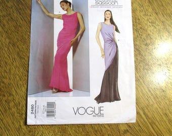 DESIGNER Bellville Sassoon Avant Garde Evening Gown / Sleeveless Sheath w/ Twist Side - Size (12 - 16) - UNCUT Sewing Pattern Vogue 2802