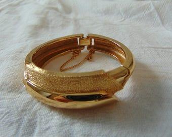 monet bangle gold plated textured hinged bracelet signed vintage