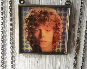 David Bowie Necklace-Album Cover Art Jewelry-Music Related Jewelry-Rocker Chic Gift-Bowie Fan