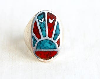 Southwestern Biker Ring Rising Sun Size  7 .5 Vintage Oval Blue Red Chip Turquoise and Red Resin Statement Ring