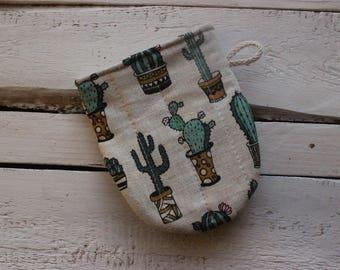 Kitchen Glove with cacti, Mini Oven Glove, Kitchen Oven Mini Mitt, Linen Kitchen Glove, gift for cactus lover