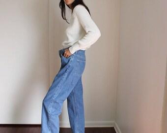 Vintage Tommy Hilfiger Medium Wash Jeans 30X29in
