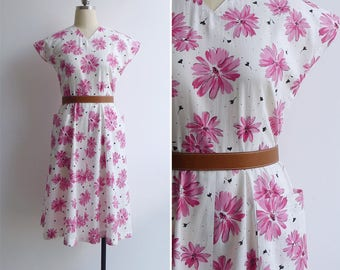 Vintage 80's Pink Gerber Daisies V-Neck Cotton Day Dress XS or S