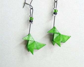 Green Bird Origami earrings, in folded paper, available with clips