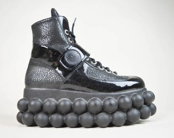 90s Cyber Goth Black Bubble Sole Platform Sneakers Trainers UK 8 / US 10.5 / EU 41