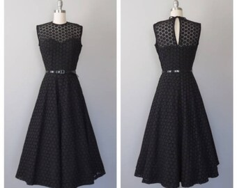 vintage 1950s cotton eyelet party dress size small