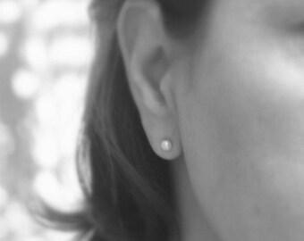 Pearl earring - Pearl Earrings Studs AAA 6mm White Freshwater Pearl Earrings Stud Bridesmaid Earrings Stud  -  Pearl stud