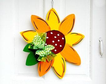 Sunflower Wreath | Vintage Camper Decor | Vintage Camper Door Hanger | Sunflower  Garden Flag |