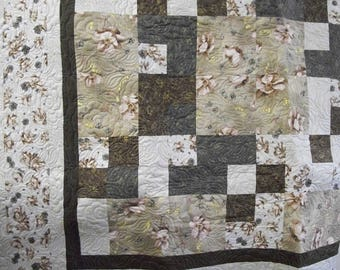 Lovely Flower with Gold  Queen quilt