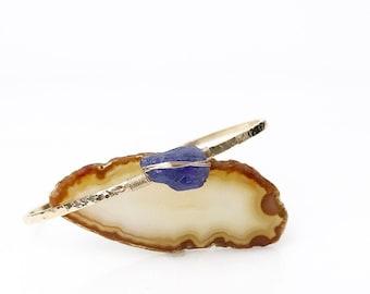 Raw Tanzanite Skinny Cuff Bracelet / December Birthstone Rough Natural Tanzanite Jewelry Gift for Mom, Wife / Bohemian Blue Stone Jewelry