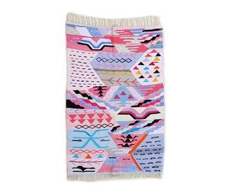 "71""X46"" Handwoven moroccan kilim rug, boucherouite rug, handmade rug, geometric pattern, colorful rug, chic ethnic, moroccan decor"
