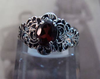 Lovely Sterling Silver Filigree Garnet Ring  Size 6.75 Victorian design