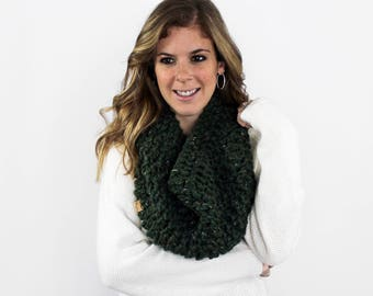 Chunky Knitted Cowl Scarf Kale- Anacostia Cowl