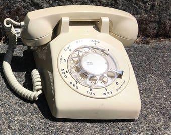 Vintage Rotary 500 Ivory Telephone