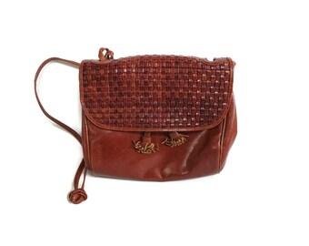 Woven Leather Purse Braided Bag Brown Basket Weave Handbag 1980s 80s Boho Hippie Medium Thin Shoulder Strap Shoulder Bag Tassels