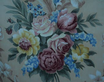 """Vintage~ BARKCLOTH ERA Cottage Floral Fabric ~ Cabbage Roses Peonies Scrolls~ Soft Beige ~ 4 Full 18"""" Bouquets ~ 46 x 60 ~ Pillow Covers"""