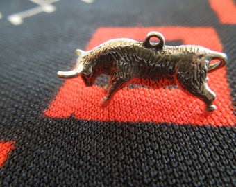 Sterling Bull Charm Vintage Taurus El Toro Bull Charm Sterling Silver Charm for Bracelet from Charmhuntress 04696