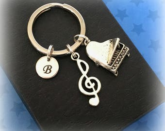 Piano charm keychain - Piano keyring - Charm keyring - Gift for pianist - Initial keychain - Piano keychain - Music gift - Stocking filler