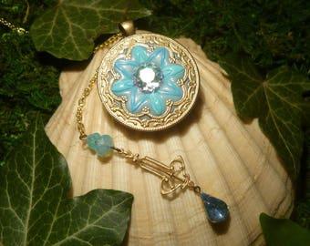 Oriental Blossom - handmade Necklace - Disney Princess Jasmine
