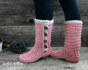 Crochet pattern- women buttoned slipper-boots with additional outsoles,winter,boots,adult sizes,loafers,footwear,house,shoes,bulky yarn