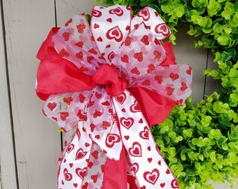 Beautiful Valentine Bow for Wreath