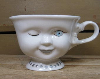 Baileys Winking Eye Ladies Tea Cup Signed by Helen Hunt