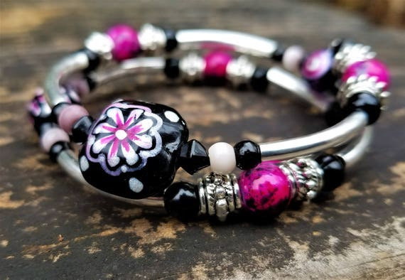 Ace's Gift Shop Masterpieces: Pink Hand-Painted Lampwork Glass Bead Memory Wire Bracelet